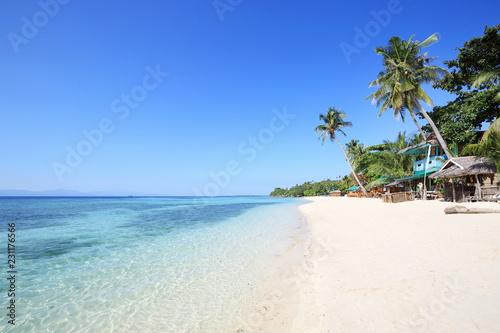Piękna plaża Lambug, Cebu, Filipiny