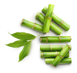 Grane bambusa izolirane na bijeloj pozadini