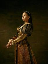 Girl In Medieval Beautiful Dre...