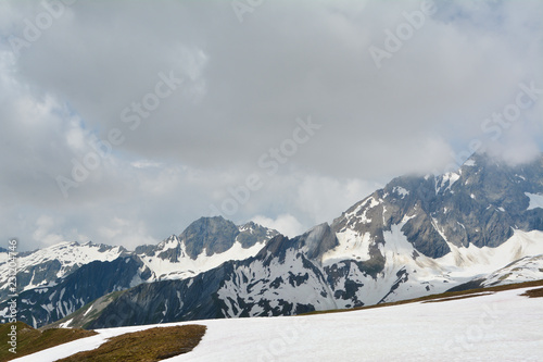 Staande foto Donkergrijs beautiful landscapes alpes mountains