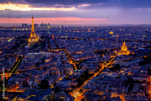Photo sur Toile Europe Centrale Eiffel Tower landmark and historic