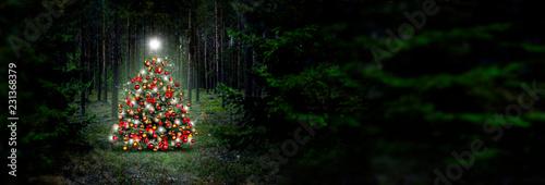Weihnachtsbaum im Wald, Canvas-taulu