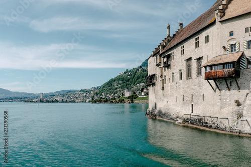 Fotografiet  Chillon Castle on Lake Geneva