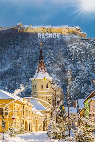 Foto  Landscape with Rasnov town and medieval fortress, Brasov, Transylvania, Romania