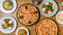 Italian Pizzas And Salads Top ...