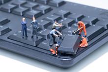 Miniature People Repair Comput...
