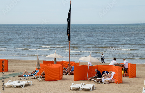 Beach Chairs For Al And Windscreens