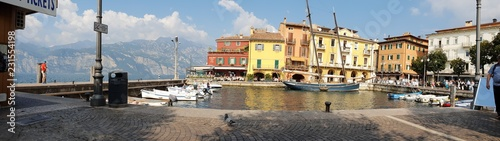 Stickers pour porte Venise Verona Hafen-panorama