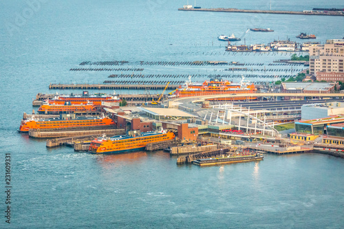 Fotografía  New York, NY / USA - August 7, 2018: Staten Island Ferry Pier