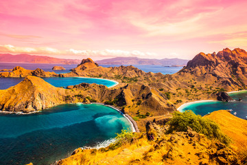Obraz na Szkle Rzeki i Jeziora Top view of 'Padar Island' in a morning before sunrise, Komodo Island (Komodo National Park), Labuan Bajo, Flores, Indonesia