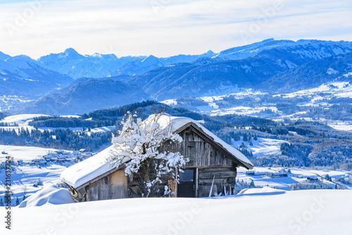Fototapeta  sonniger Wintertag in den bayrischen Alpen