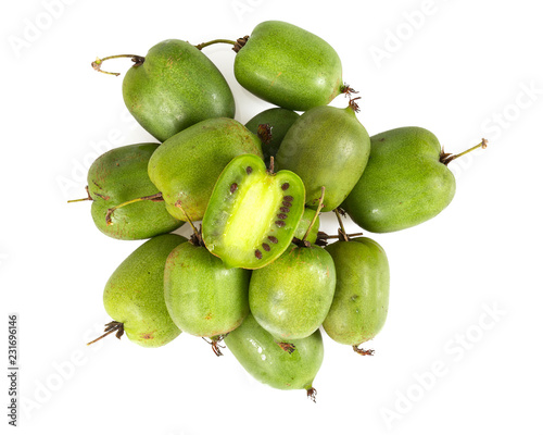 Photo actinidia isolated on white