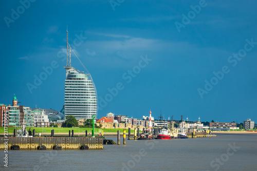 Foto op Plexiglas Poort Blick auf die Stadt Bremerhaven