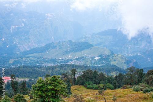 Poster Landschap Beautiful landscape of Himalayan - Khaliya Top, Munsyari, Uttarakhand, India