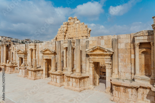Zdjęcie XXL Teatr południowy, starożytne rzymskie miasto Gerasa starożytności, współczesny Jerash, Jordania