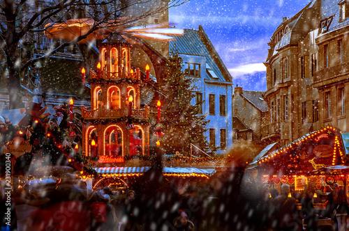 Weihnachtsmarkt Bonn.Weihnachtsmarkt Bonn Buy This Stock Photo And Explore Similar