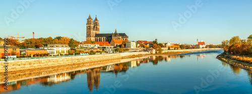 Obraz na plátně Magdeburg, Magdeburger Dom an der Elbe