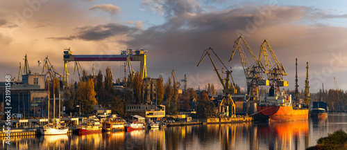 Fényképezés Szczecin, Poland-November 2018: A view of the repair shipyard and the quay in Sz