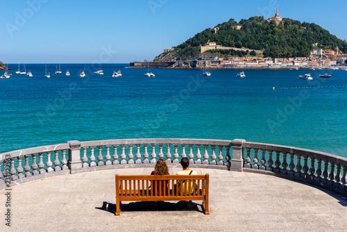 Naklejka premium Promenada Concha w Donostii-San Sebastian, Kraj Basków, Hiszpania