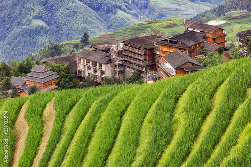 In de dag Guilin Chinese village in the beautiful terraced rice fields in Longsheng.
