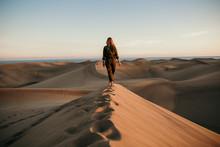 Desierto Mujer Aviadora