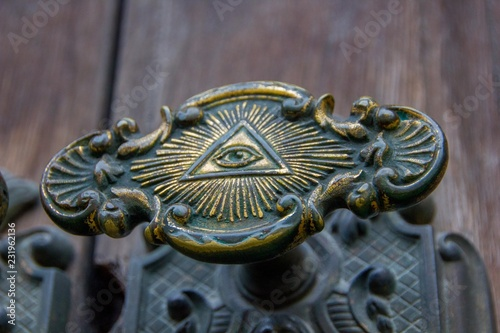 All seeing eye of illuminati on a door knob of the Illuminati freemason in Stockholm, Sweden Slika na platnu