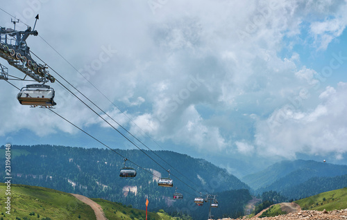 Photographie  ski lifts in summer