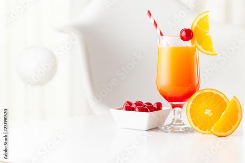Foto op Plexiglas Cocktail Tequila sunrise cocktail