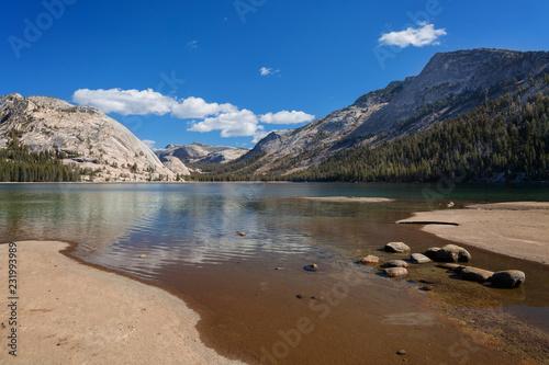 Sunny day at Tenaya Lake in Yosemite National Park