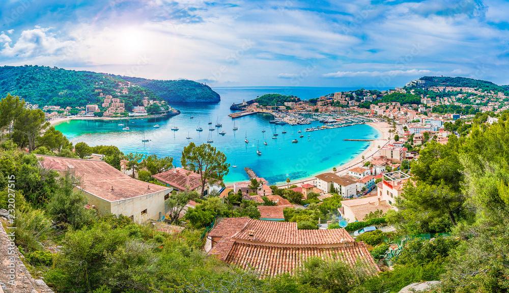 Fototapety, obrazy: Panoramic view of Porte de Soller, Palma Mallorca, Spain