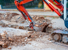 Excavation With A Narrow Secti...