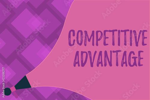 Fotografía  Writing note showing Competitive Advantage