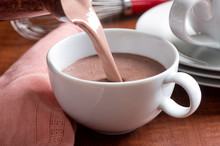 Hot Chocolate Pour