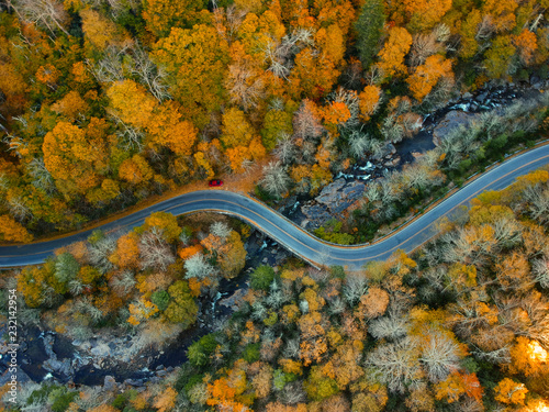 Valokuvatapetti Aerial Drone view of Autumn / fall in the Blue ridge of the Appalachian Mountains  near Asheville, North Carolina