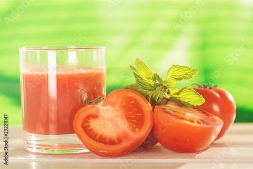 Fotografering  Tomato.
