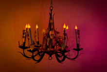 Spooky Halloween Chandelier Wi...