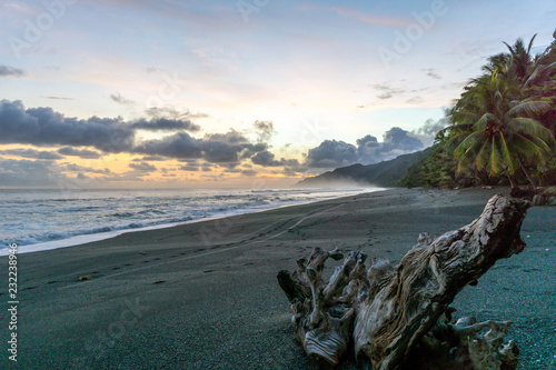 Fotografie, Tablou  Colorful Beach Sunset at Corcovado National Park, Costa Rica