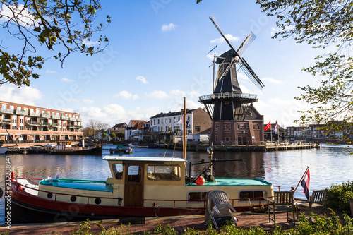 Fotografía  Moulin à Haarlem, Pays-Bas
