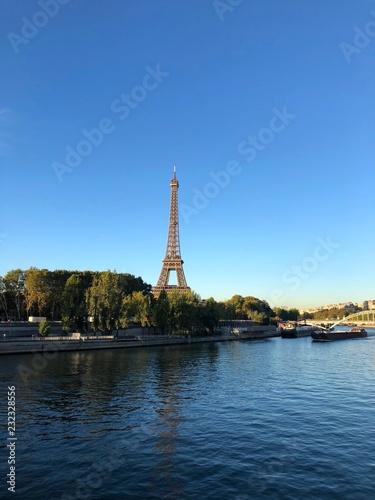 Fototapety, obrazy: Torre Eiffel in una bella giornata, Parigi, Francia