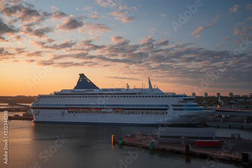 Fotografia, Obraz passenger ferry in the port of Tallinn.