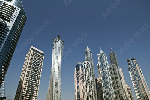 Photo  Modern skyscrapers in Dubai (emirate and city)