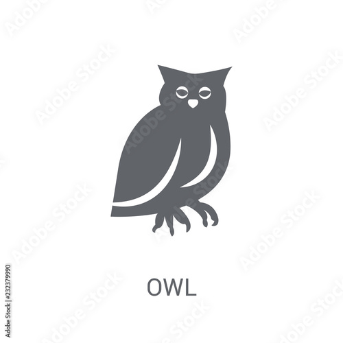 In de dag Uilen cartoon Owl icon. Trendy Owl logo concept on white background from animals collection