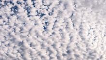 Cirrocumulus Wolken III
