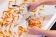 縁日の金魚すくい 祭りイメージ