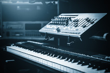 Electric Piano, Control Surface, Sound Module Setting For Live Or Studio