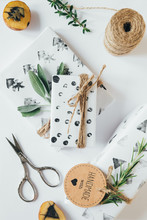 Christmas Gifts With Diy Geome...