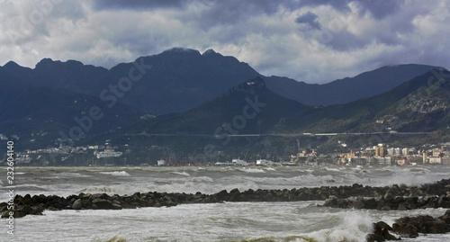 Fototapety, obrazy: Mare agitato a Salerno