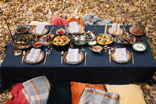 Outdoor Dining Setup, Table Se...