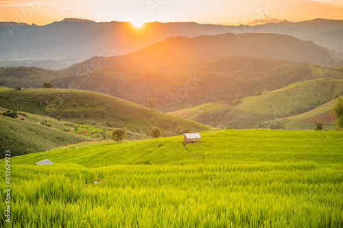 Foto op Canvas Platteland Small house and rice terraces field at pabongpaing village rice terraces Mae-Jam Chiang mai, Thailand