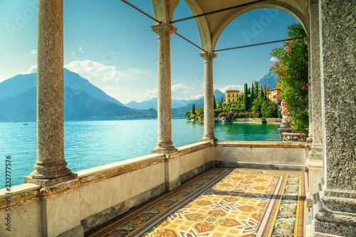 Fotografía Mediterranean balcony with spectacular view, lake Como, Varenna, Italy, Europe